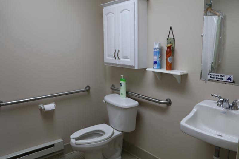 nevada-comm-center-restroom